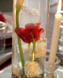 centre-piece-rose-in-water