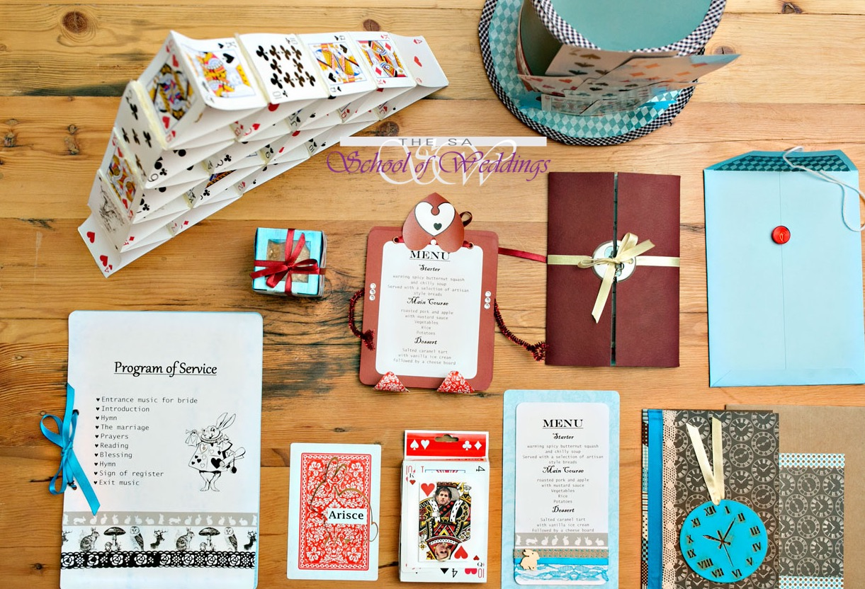 HD wallpapers arranging wedding invitations